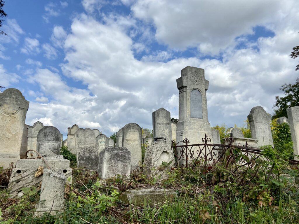 Jüdischer Friedhof in Czernowitz (Ukraine)